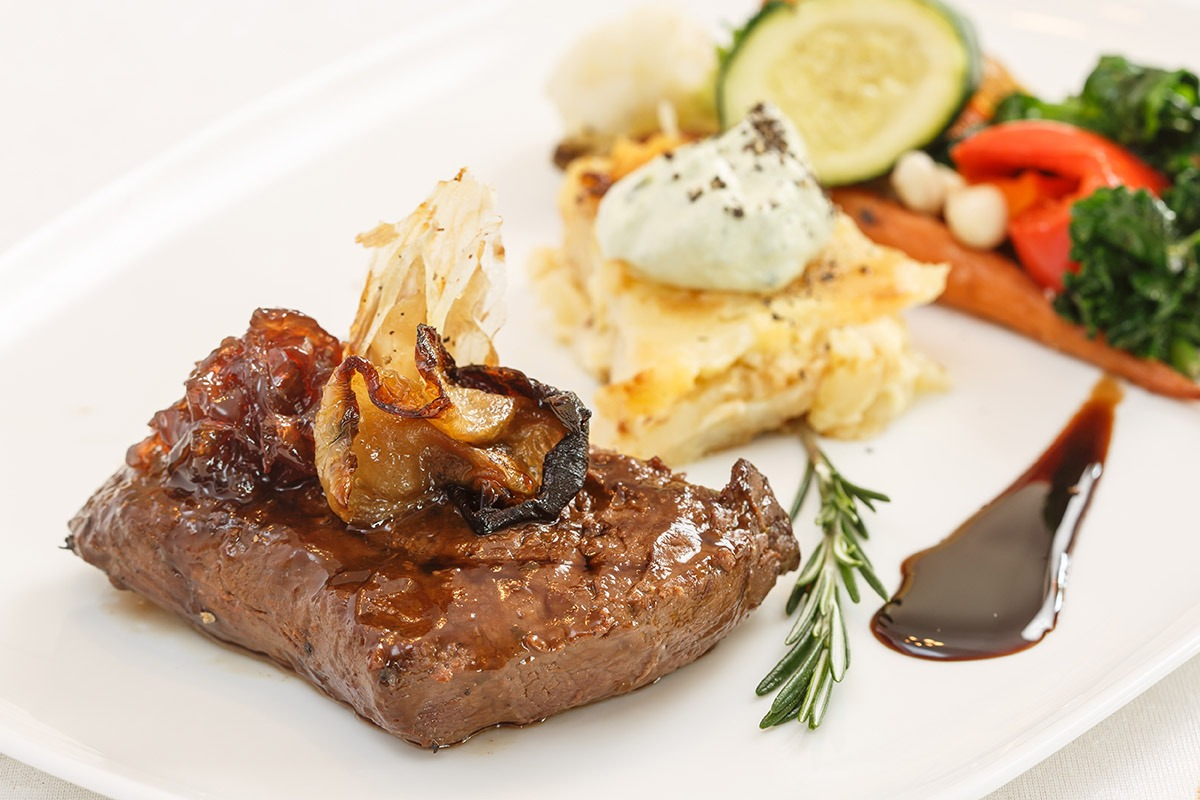 classic-OSTRICH FILLET WITH POTATO GRATIN & SYMPHONY OF VEGETABLES